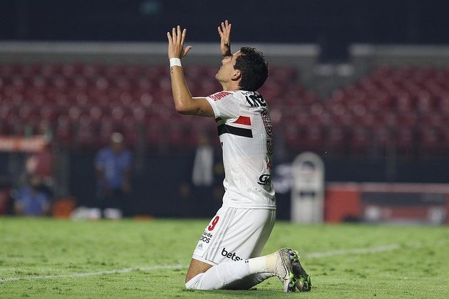 Pablo - São Paulo 2 X 1 Santos - Ele também marcou o gol da virada, seu terceiro na temporada e no Estadual.
