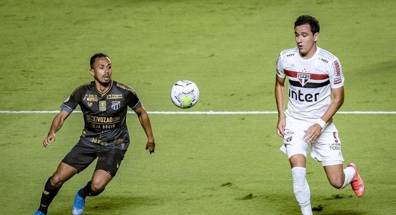 Pablo, que voltou a ser titular, perdeu boas oportunidades para o São Paulo