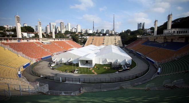 Estádio do Pacaembu segue sendo utilizado como hospital de campanha