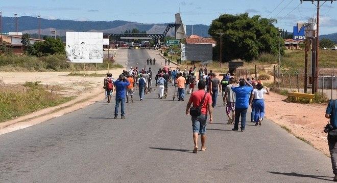 """Brasil descarta uma """"ação agressiva"""" na fronteira"""