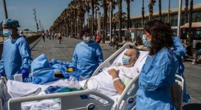 Ainda na maca, o homem teve o pedido atendido pela equipe médica