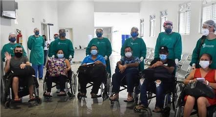 Oito dos 18 pacientes vindos de Manaus morreram