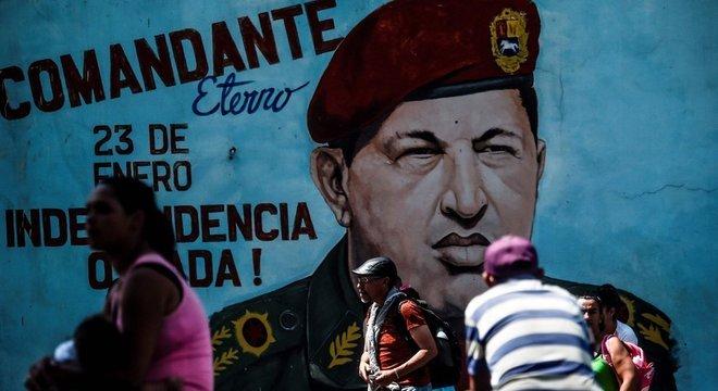 Hugo Chávez comandou a Venezuela entre 1999 e 2013