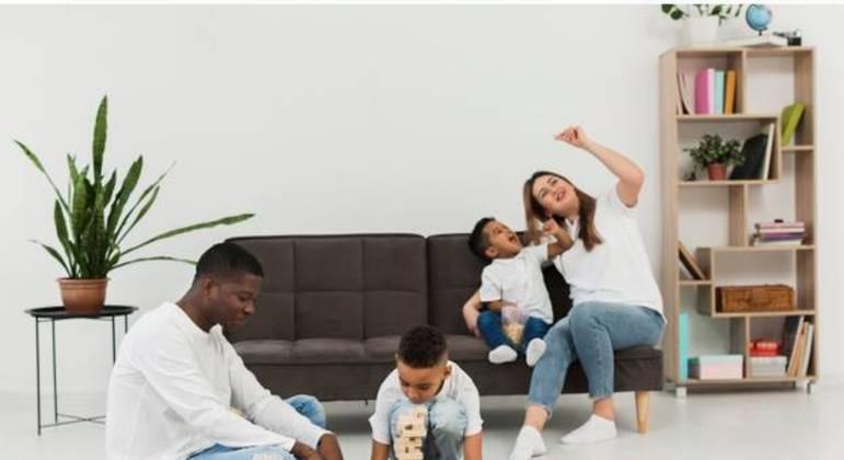 SP: Bolsa do Povo Educação prevê contratar 20 mil pais de alunos
