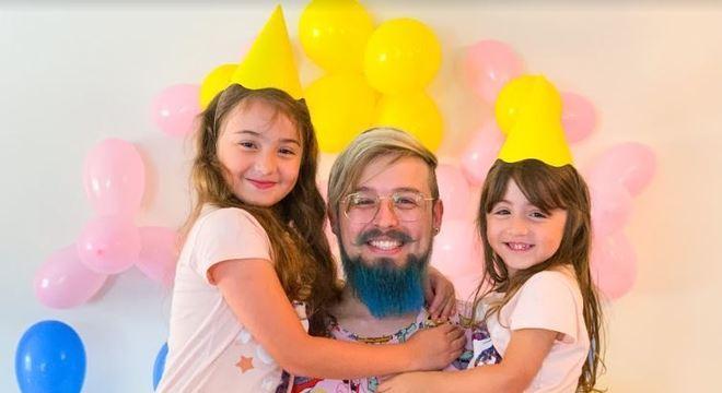 O streamer Jhonny Rylston é dono do canal 'Pai Também Joga', com mais de 1 milhão de inscritos