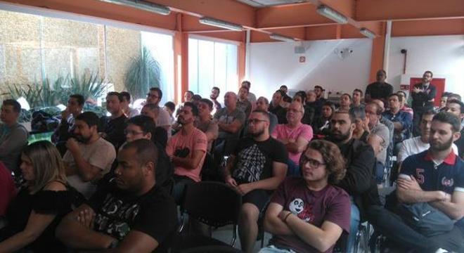 Palestra no Camp Pinheiros para NMax Club, muitos recém habilitados