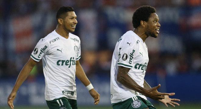 Roni e Luiz Adriano. O Palmeiras sem medo de atacar na Argentina