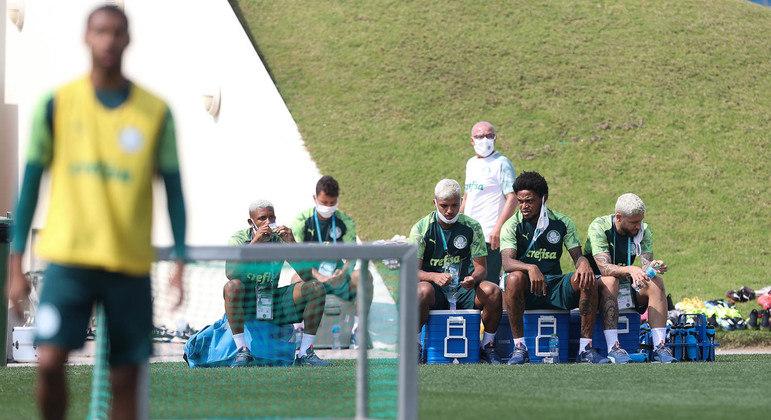 Desiludidos, jogadores treinaram hoje, em Doha. Acabou o sonho de serem campeões mundiais