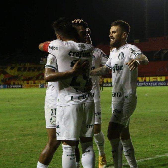 Willlian marcou o gol da vitória do Palmeiras. Três pontos conquistados pelos reservas