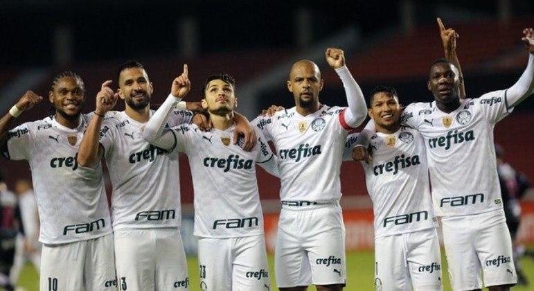 Time com personalidade. Fazendo história. Líder geral da Libertadores. Quebrando recorde