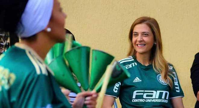 O Palmeiras diminuiria salários do time se o patrocínio fosse reduzido