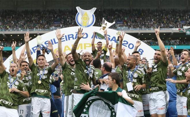 Palmeiras - 14 títulos: duas Taças Brasil, dois Torneios Roberto Gomes Pedrosa, seis Campeonatos Brasileiros, três Copas do Brasil e uma Copa dos Campeões