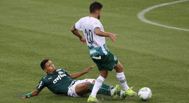 Palmeiras chegou a sofrer contra o Goiás, sem 15 jogadores com covid