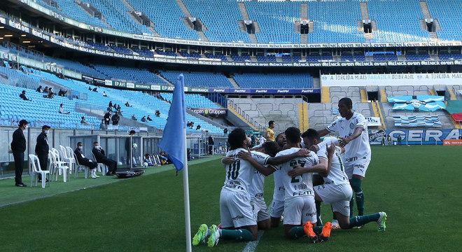 Palmeiras estava seguro. Vencendo e travando o atual limitado Grêmio