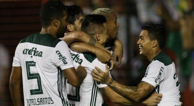 Palmeiras pode tirar a ponta do Brasileirão do São Paulo no Choque-Rei
