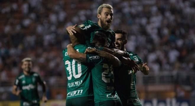 acabd76e5c7f0 Atuação estupenda de Jailson garante vitória do Palmeiras - Prisma - R7  Cosme Rímoli