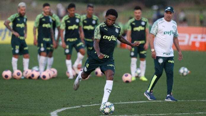 Palmeiras treinou e está concentrado. Pronto para uma reviravolta e o jogo acontecer