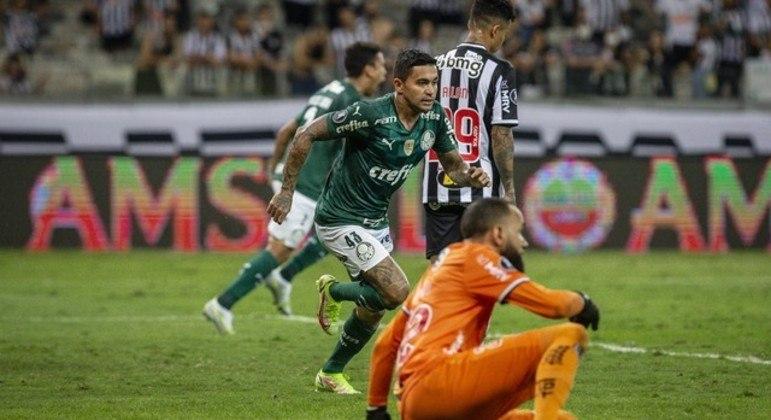Dudu fez o gol de empate, que levou o Palmeiras à inesperada final da Libertadores