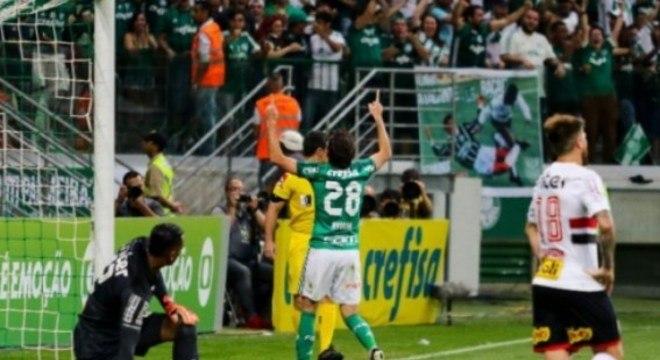Palmeiras 4 x 2 São Paulo (Campeonato Brasileiro) – 27/8/2017 – Gols: Marcos Guilherme, 12'/1ºT (0-1), Willian, 35'/1ºT (1-1), Willian, 38'/1ºT (2-1), Hernanes, 51'/1ºT (2-2), Keno, 33'/2ºT (3-2), Hyoran, 46'/2ºT (4-2).