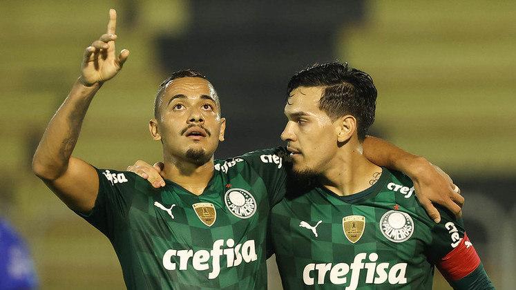 Palmeiras – 7 jogadores: Wéverton (33 anos), Jailson (39 anos), Marcos Rocha (32 anos), Jean (34 anos), Felipe Melo (37 anos), Luiz Adriano (33 anos) e Willian (34 anos)