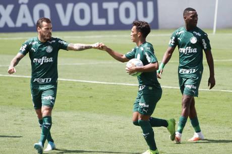 Veron iniciou reação do Palmeiras em Bragança