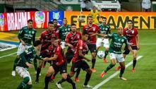 Palmeiras bate o Athletico-PR e volta a vencer no Brasileirão