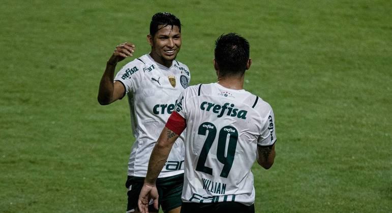 Palmeiras bateu o CRB, em Alagoas, por 1 a 0. Gol foi marcado por Willian