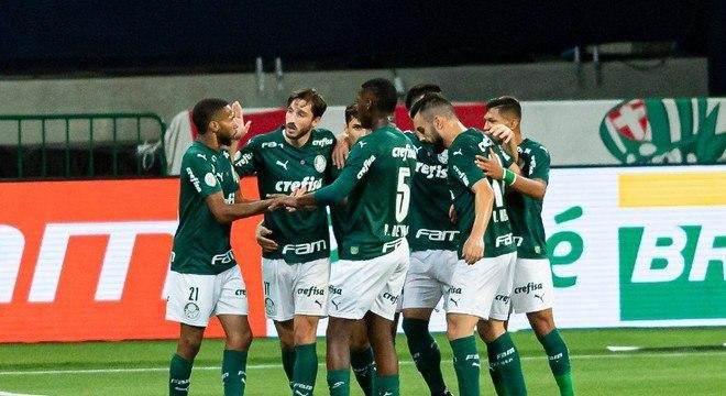 Palmeiras vence Ceará por 2 a 1 no Allianz Parque