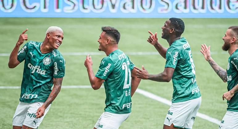 Danilo, promessa do elenco palmeirense, marcou um dos gols da vitória contra a Ferroviária