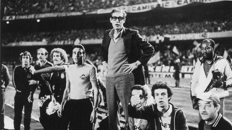 Palmeiras: Osvaldo Brandão – Ele é o recordista do Verdão com 580 jogos. Trabalhou pelo clube nos anos de 1945, entre 1947 e 1948, entre 1958 e 1960, entre 1971 e 1975 e em 1980.
