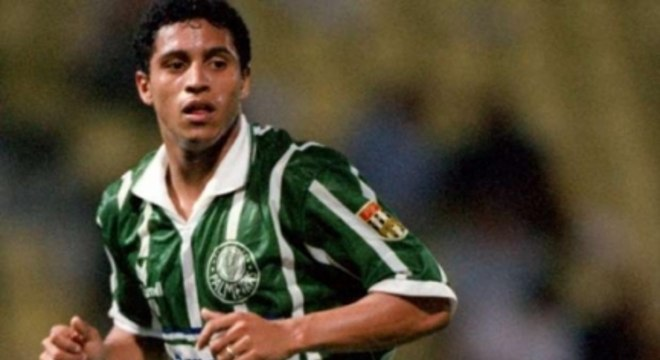 Palmeiras - Roberto Carlos