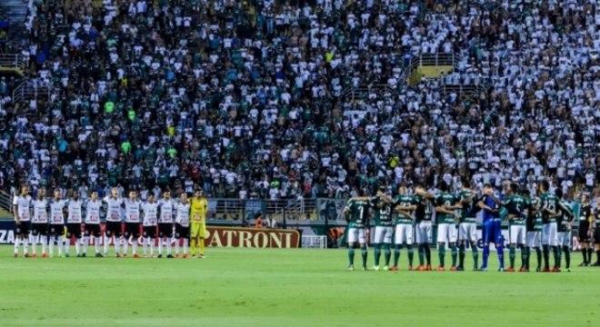 Palmeiras x Bragantino 1 minuto de silêncio