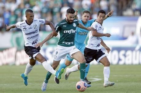 Palmeiras alcança os  19 pontos e a Inter soma 11