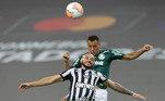 Na última decisão entre brasileiros, aconteceu o clássico entre Palmeiras e Santos, na final da Libertadores de 2020. O Verdão, com gol de Breno Lopes já nos acréscimos do segundo tempo, foi campeão na final única no Maracanã