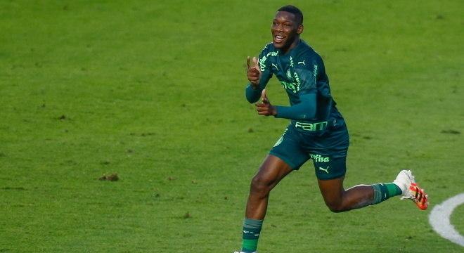 Patrick de Paula faz gol da vitória do Palmeiras sobre o Santos