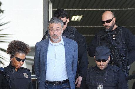 Palocci ficou em regime fechado por 2 anos e 2 meses
