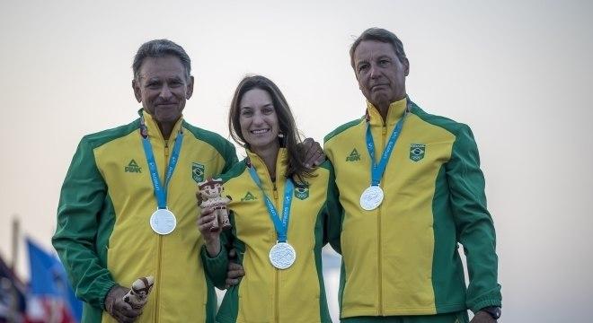 Cláudio Biekarck, Isabel e Gunnar Ficker levaram a prata em Lima 2019