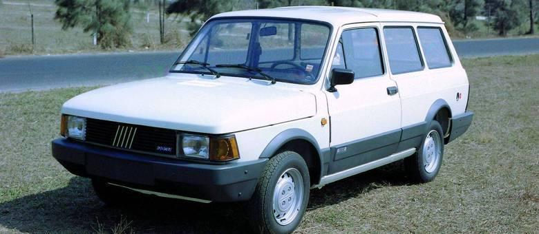 Visual alinhado aos modelos europeus principalmente a partir de 1983