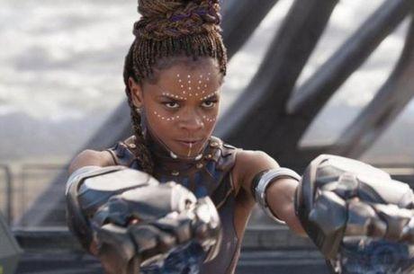 Letitia Wright interpreta Shuri, irmã do Pantera Negra