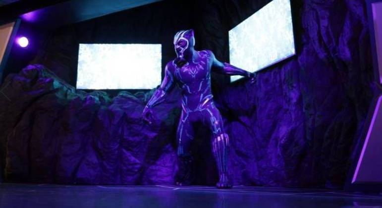 """Estátua se soma ao """"Hall de Heróis da Marvel"""""""