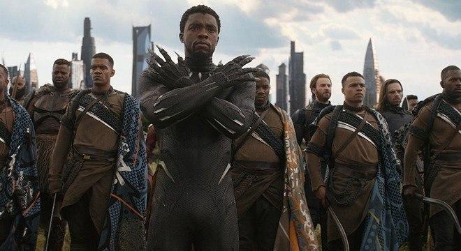 Chadwick Boseman em cena do filme dos Vingadores