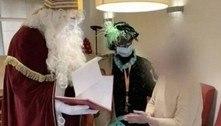 Papai Noel com coronavírus visita casa de repouso e deixa 18 mortos