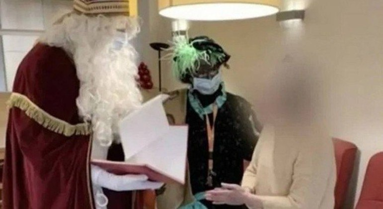 Visita de Papai Noel infectado com coronavírus à casa de repouso deixou 18 mortos