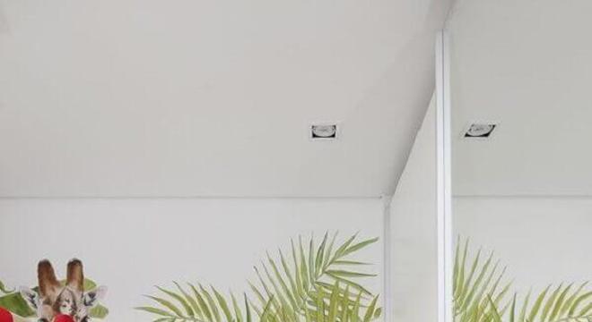 papel de parede infantil para quarto com estampa tropical