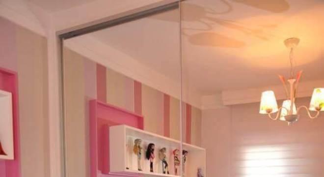 papel de parede listrado para quarto infantil feminino