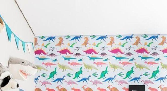 papel de parede para quarto infantil com desenhos de dinossauros