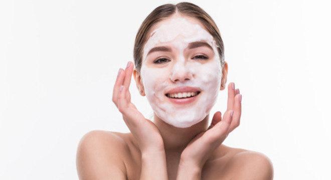 Escolher o hidratante ideal é a melhor forma de ter todos os benefícios que sua pele precisa
