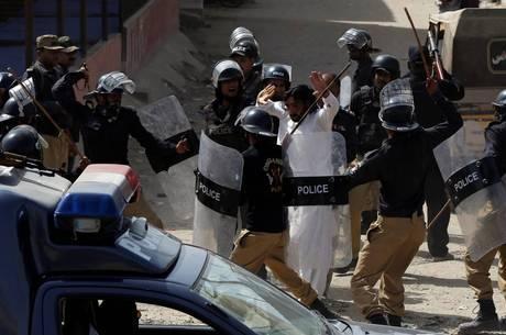 Polícia acusou três pessoas da morte de manifestante