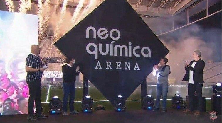 Para encerrar a novela, o Corinthians anunciou a venda dos naming rights para a Neo Química, da Hypera Pharma, em um negócio de R$ 300 milhões por 20 anos de parceria da Neo Química Arena.