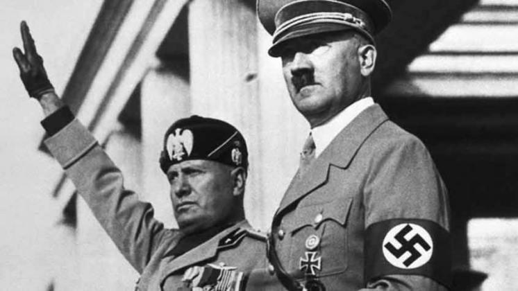 Para entender: o fascismo é um regime político que faz prevalecer o governo autocrático, centralizado na figura de um ditador, como os casos de Benito Mussolini, na Itália, e de Adolf Hitler, na Alemanha, ambos após a Primeira Guerra Mundial. Portanto, ser antifascista significa ser a favor da democracia, contra qualquer ideologia supremacista.